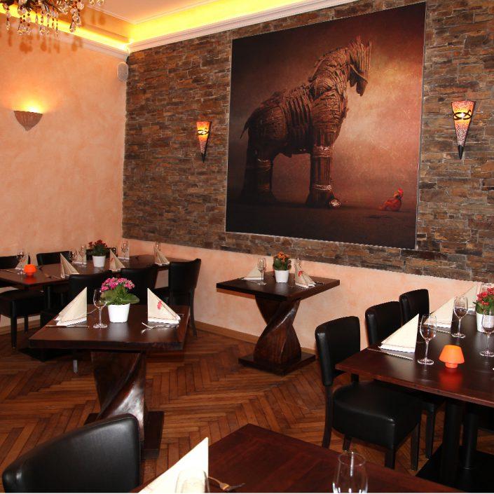 Restaurant Troja München - trojanisches Pferd - Wandgemälde