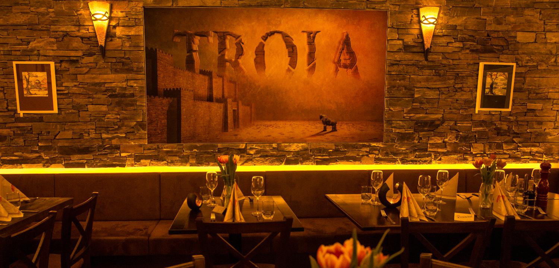 Restaurant Troja München - warmes Ambiente
