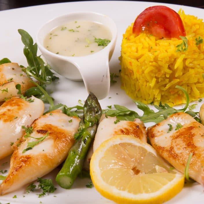 Restaurant Troja München - Fisch - Babykalamari gegrillt