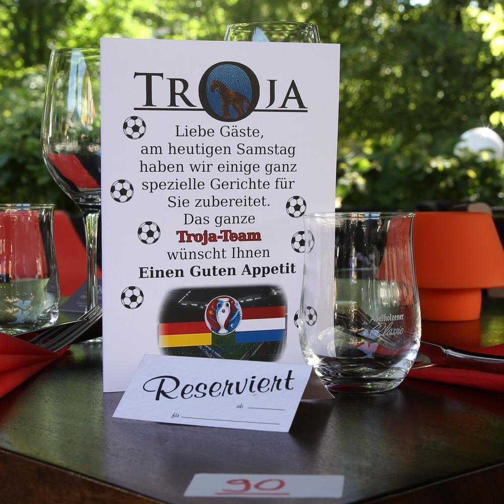 Restaurant Troja München public viewing Speisekarte