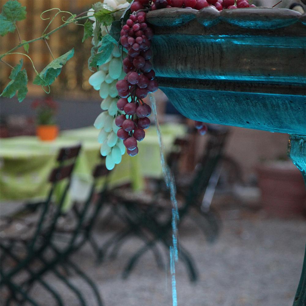 Restaurant Troja München - Detailfoto Brunnen