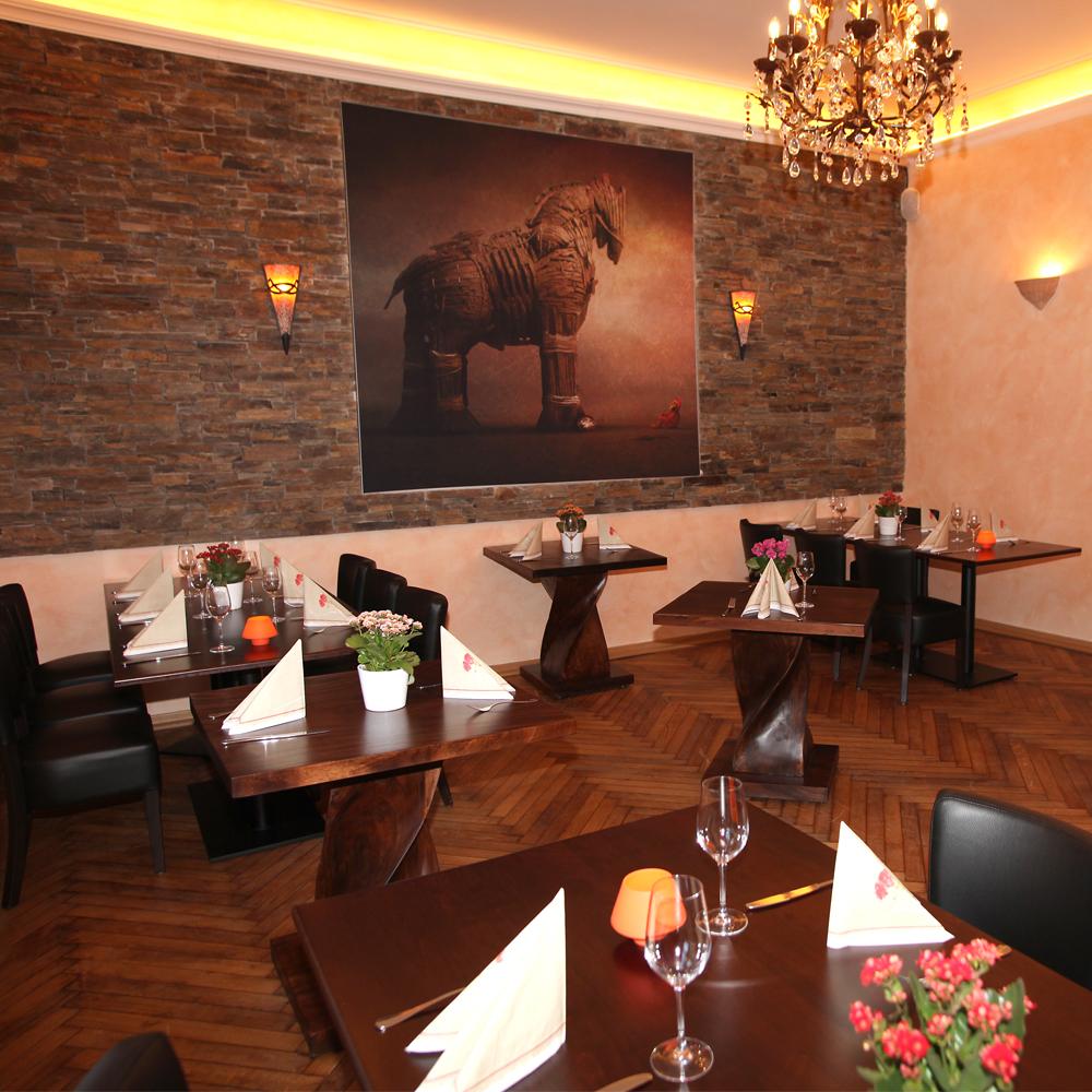 Restaurant Troja München - Nebenzimmer trojanisches Pferd