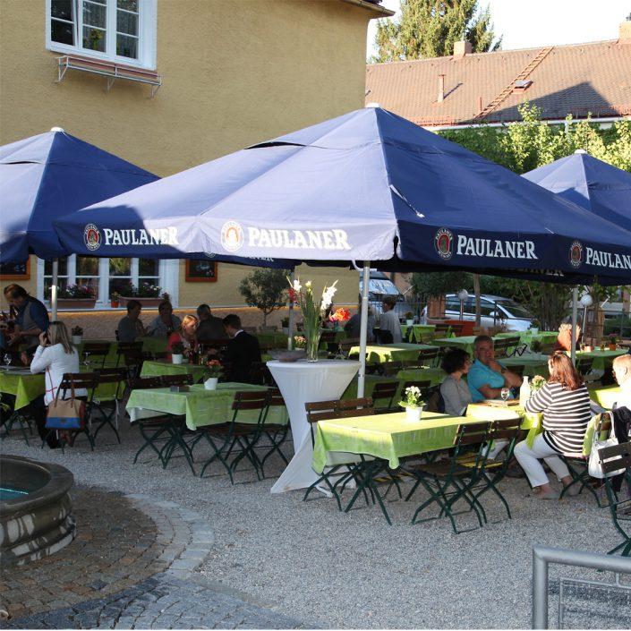 Restaurant Troja München - Biergarten rechts