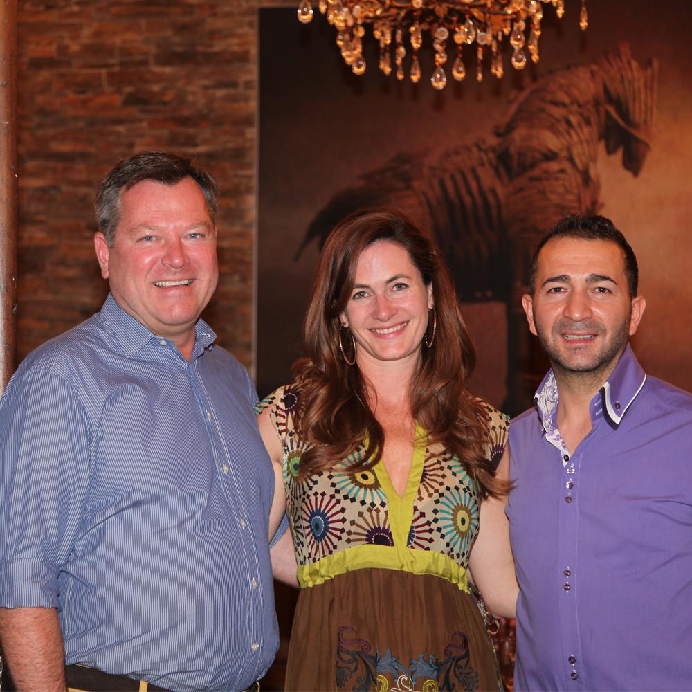 Restaurant Troja München - Kostas mit dem 2. Bürgermeister Josef Schmid und seiner bezaubernden Gattin