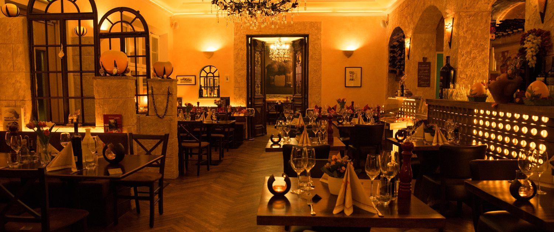 Restaurant Troja München - stimmungsvolle Atmoshäre