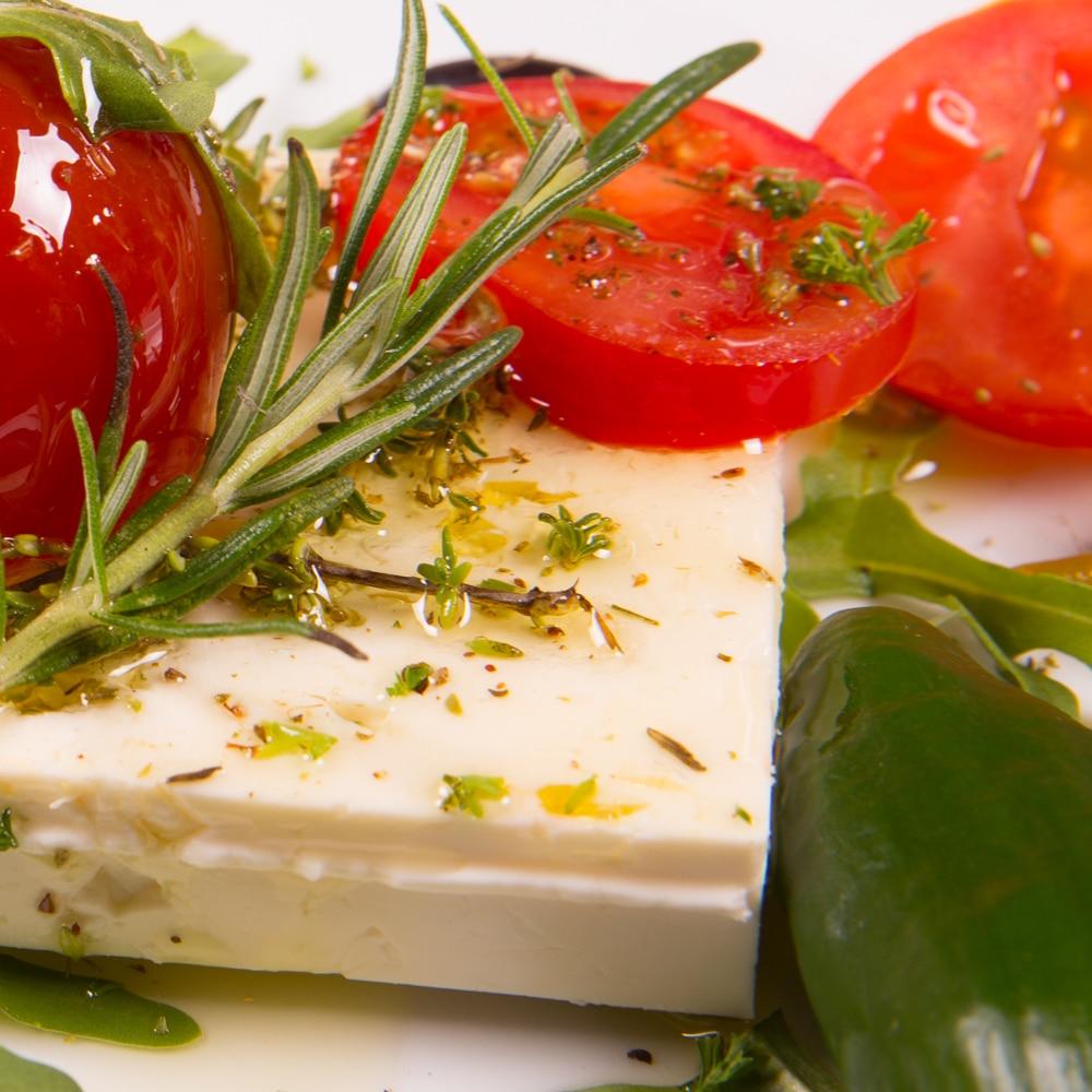 Restaurant Troja München - Vorspeise - Feta mit Tomate, Rosmarin