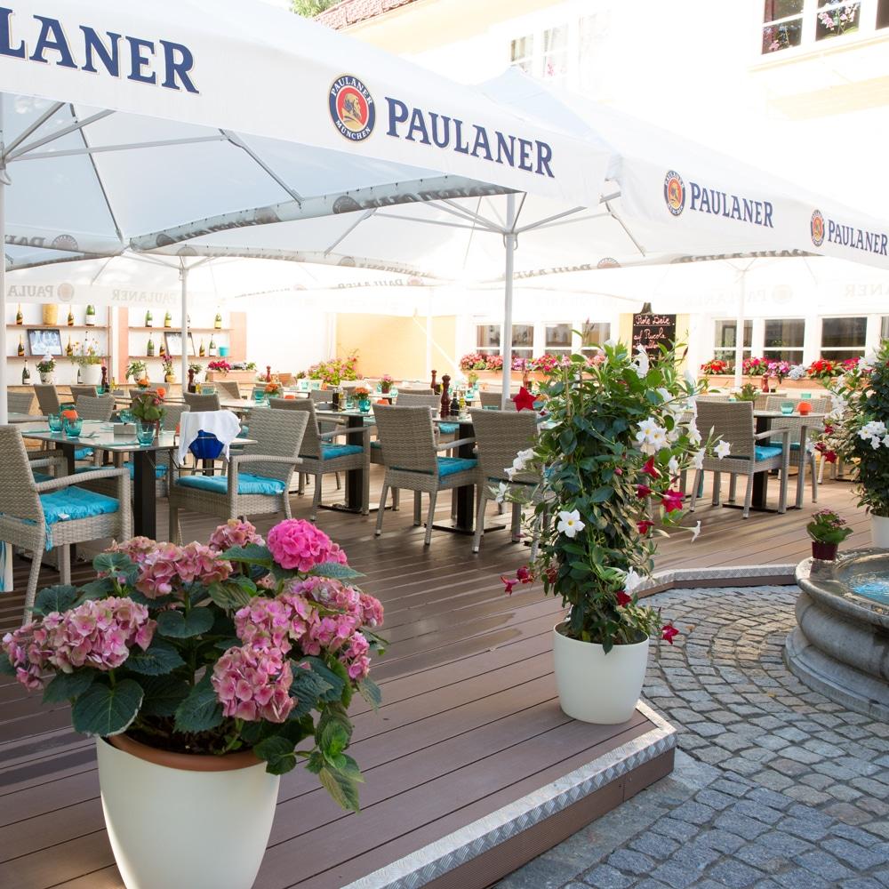Troja München Terrasse