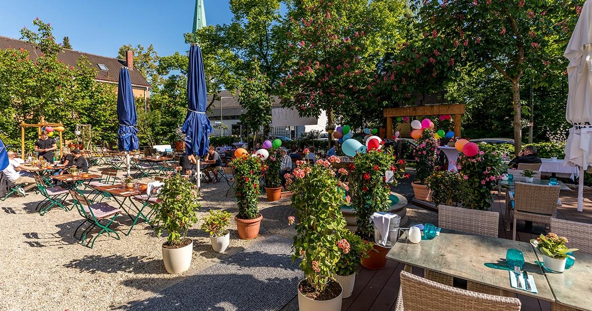 Troja München, Biergarten, griechisches Restaurant München